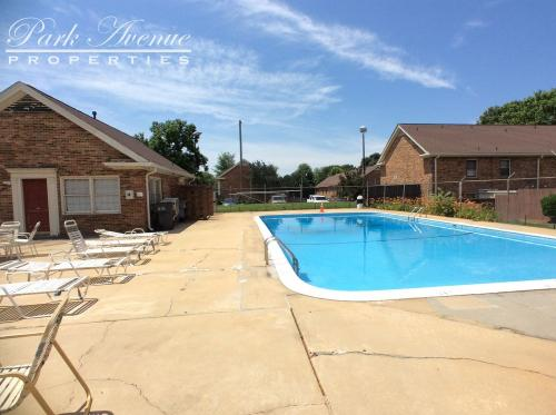 1239 Archdale Drive #C Photo 1