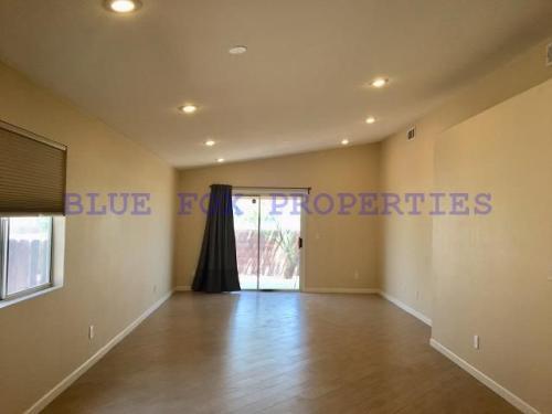 2136 W Frostwood Lane Photo 1