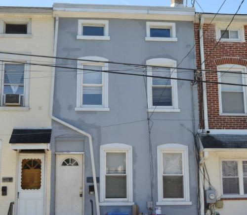 616 E Moore Street Photo 1