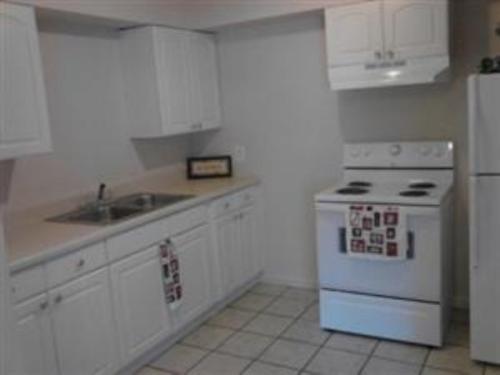 1602 SE 39th Terrace #8 Photo 1