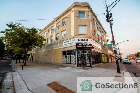 6306 S Artesian Avenue Photo 1