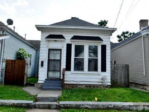 2124 Griffiths Avenue Photo 1