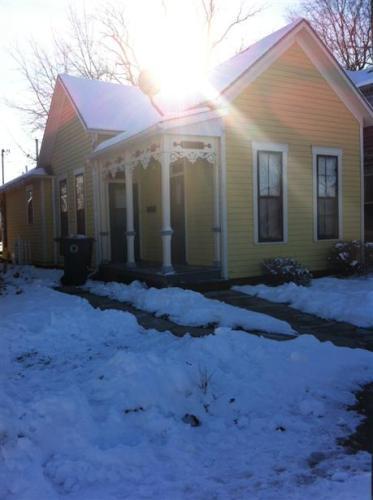 321 E North Street Photo 1