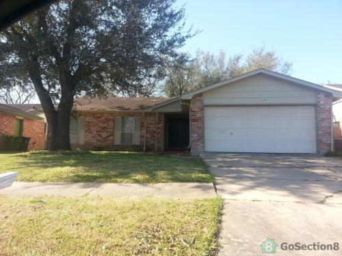 13727 Towne Way Drive Photo 1