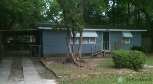 2515 Pineway Drive N Photo 1