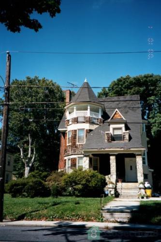748 Woodland Terrace Photo 1