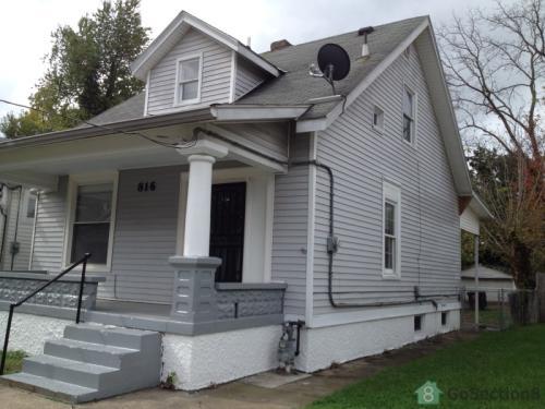 816 Sutcliffe Avenue Photo 1