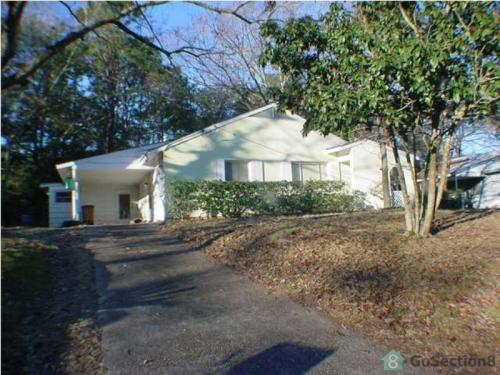 450 Sunnyvale Lane W Photo 1