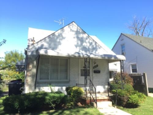 16097 Manning Street Photo 1