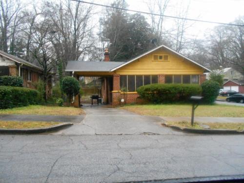 1858 Mercer Ave Photo 1