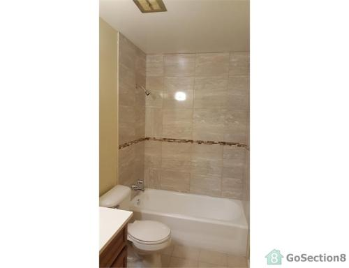 1444 Forest Place Photo 1