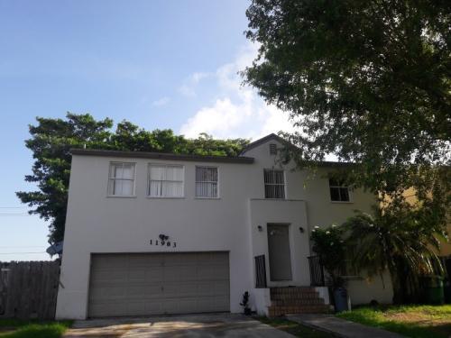 11983 SW 268th Terrace Photo 1