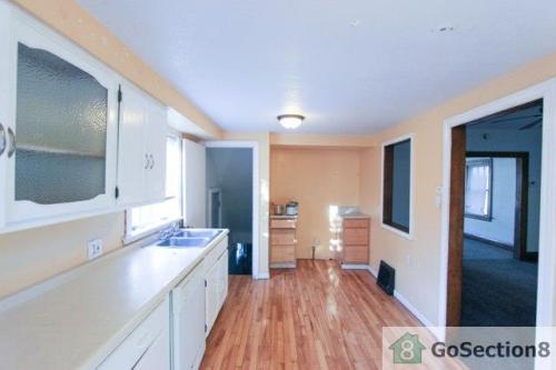 2045 Loxley Road Photo 1