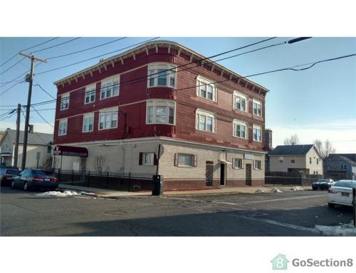 710 Hallett Street #2B Photo 1