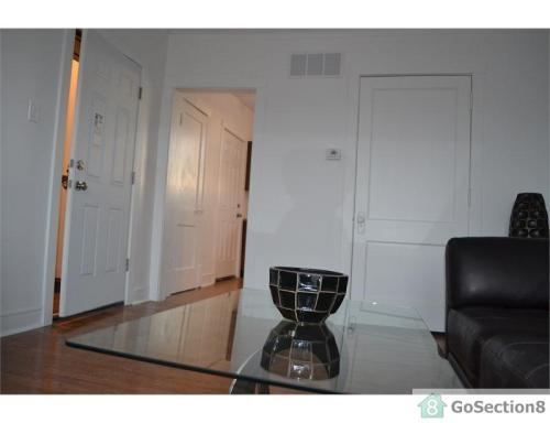2837 W 64th Street Photo 1