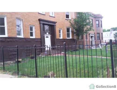 7256 S Lowe Avenue Photo 1