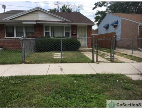 13271 S Eberhart Ave Photo 1Houses for Rent in Chicago  IL   From  500 a month   HotPads. 3 Bedroom House For Rent Normal Il. Home Design Ideas