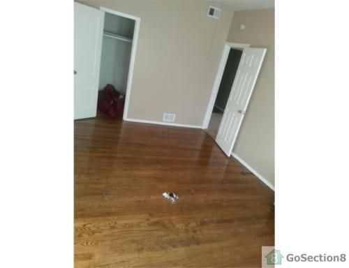 4815 W Bloomingdale Avenue Photo 1
