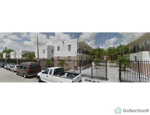 415 NW 9th Street Photo 1