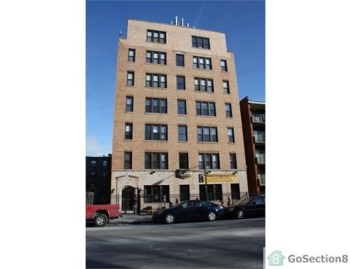 6731 S Jeffery Boulevard Photo 1