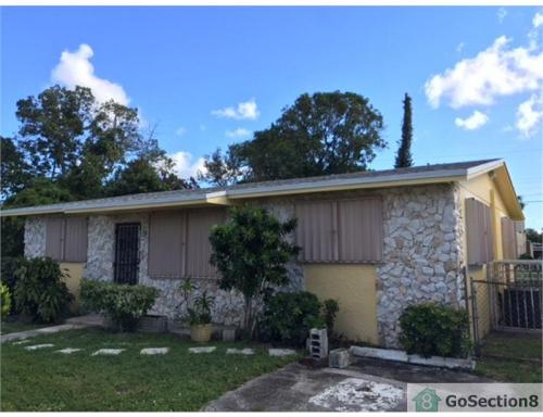 1140 NW 77th Street Photo 1