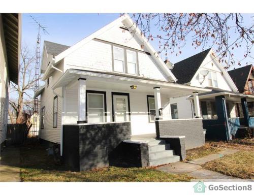 219 E Pearl Street Photo 1