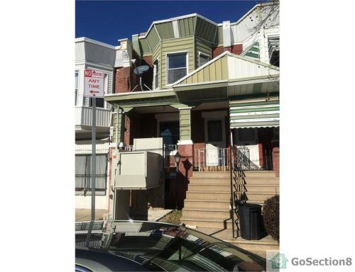 5429 Media Street Photo 1