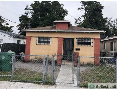 1560 NW 71st Street Photo 1