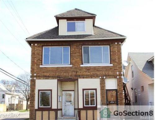 5970 Proctor Street Photo 1