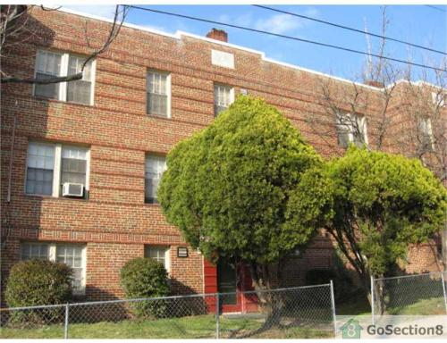 400 Douglas NE Street #303 Photo 1