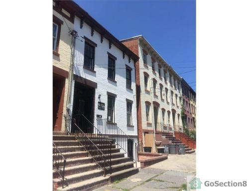 160 Lander Street Photo 1