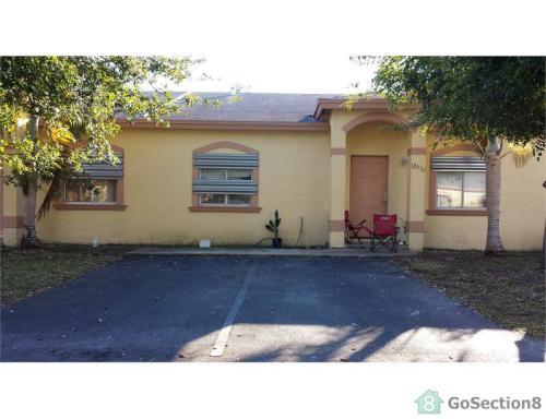 28422 SW 141st Place Photo 1