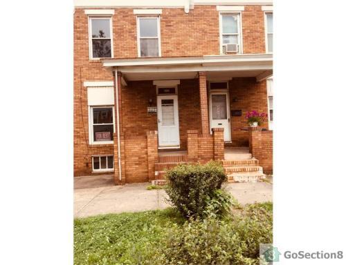 442 N Highland Avenue Photo 1