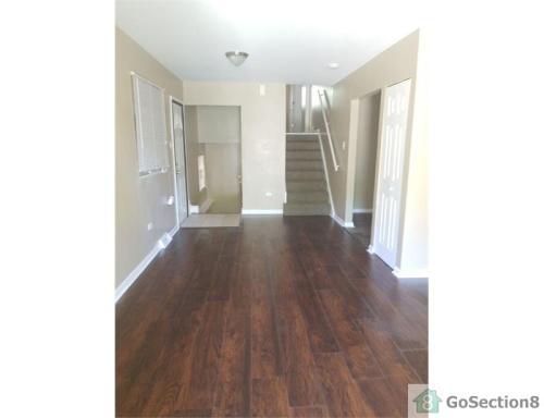 7404 S Kenwood Avenue Photo 1