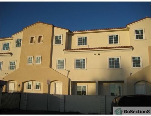 918 W La Jolla Street Photo 1