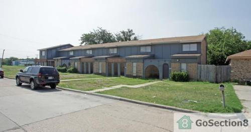 2401 Doreen Street Photo 1