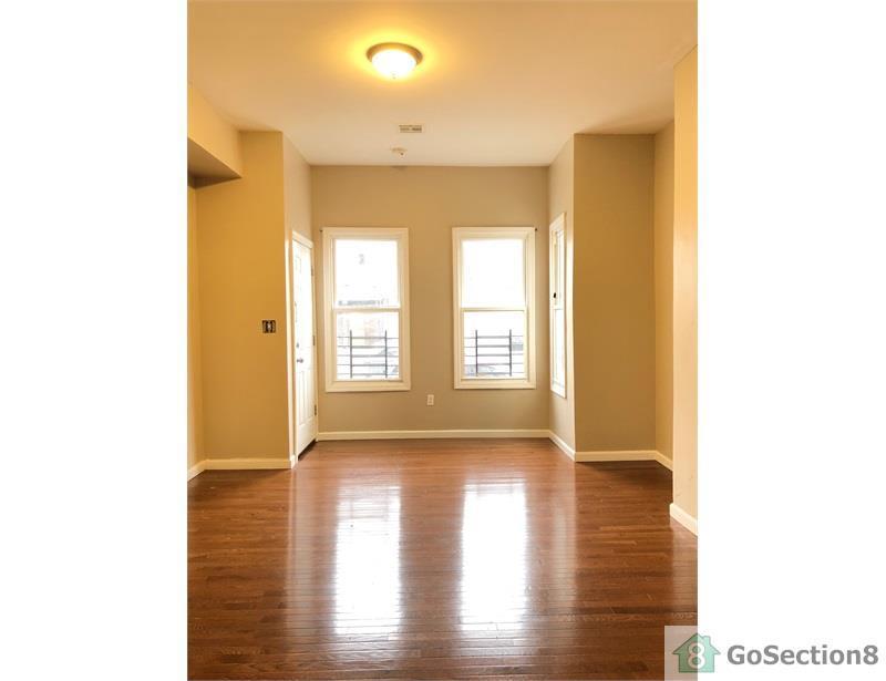 Terrific 222 Hamilton Avenue Apt 0 Paterson Nj 07501 Hotpads Home Interior And Landscaping Eliaenasavecom