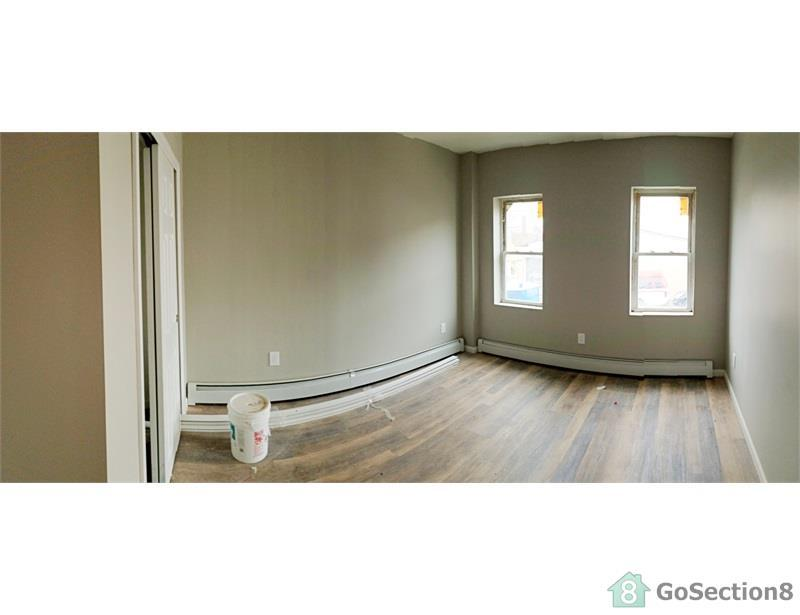 52 Britton Street Apt 1R, Staten Island, NY 10310 | HotPads