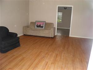 5421 Kenilwood Drive Photo 1