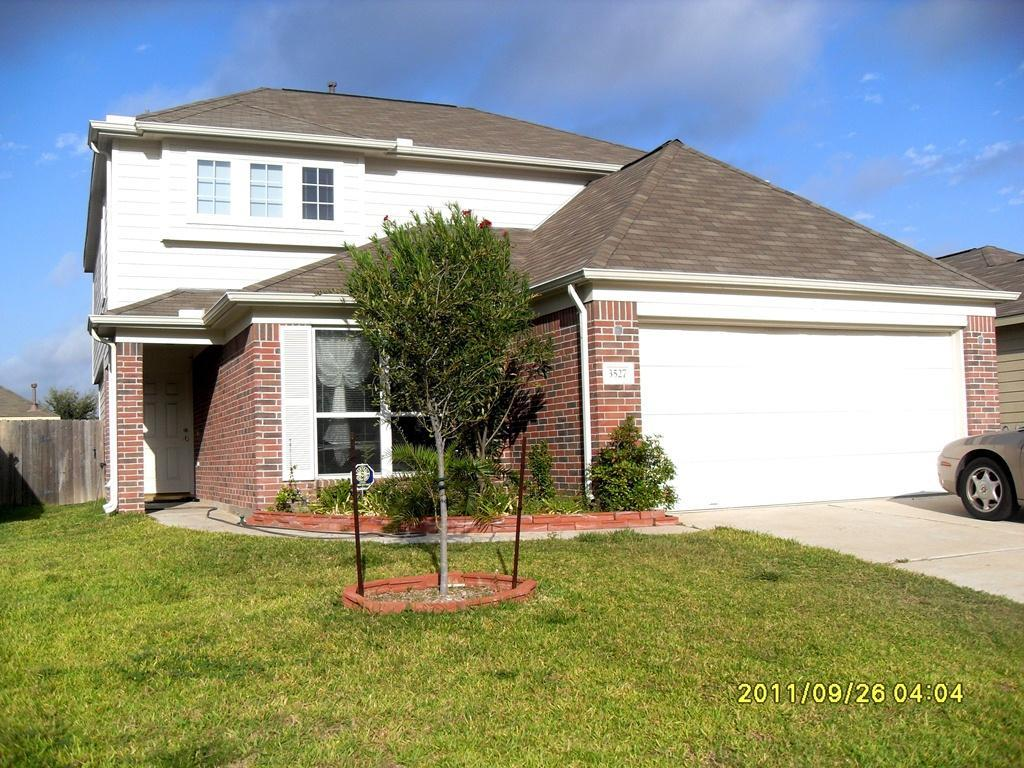3527 Clipper Winds Way Photo 1