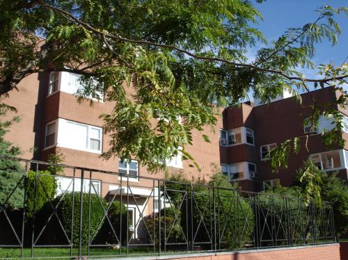 Franklin Avenue Photo 1