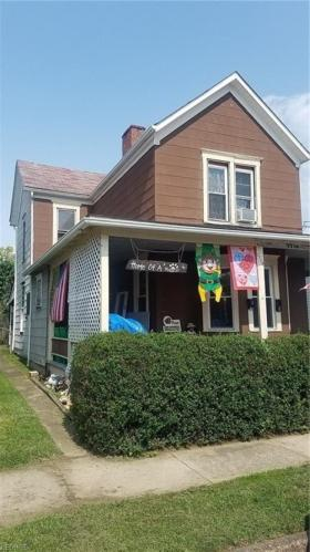 1710 Center Street Photo 1