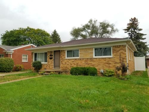 11731 Dale Ave Photo 1