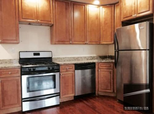 3 bed, $2,350 1 Photo 1