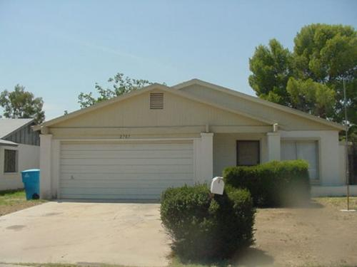 2707 Windrose Drive Photo 1