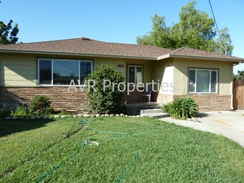 429 Willow Court Photo 1