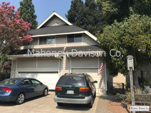 10 Meadowbrook Ct Photo 1