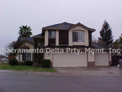 5608 Glen Oaks Drive Photo 1