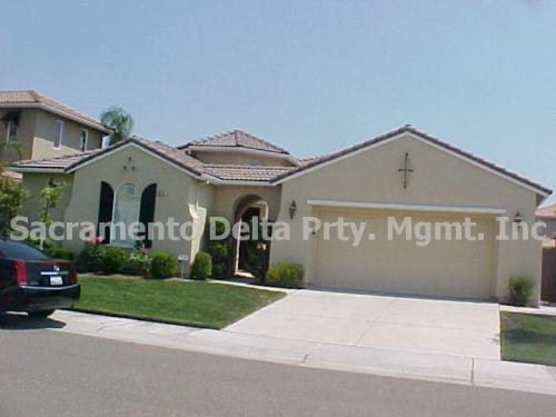 5624 John Runge Dr Photo 1