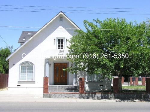 1797 Grand Avenue Photo 1